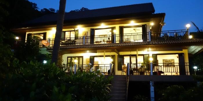 Koh Tao Star Villa at Night