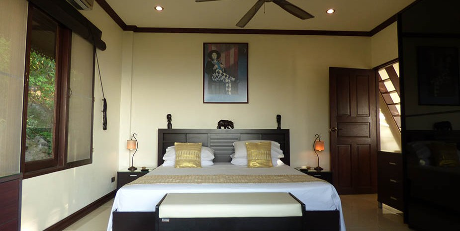 Front bedroom.